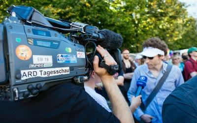 """Bildungsfernsehen – """"Hier ist das Erste Deutsche Fernsehen mit der Tagesschau."""""""